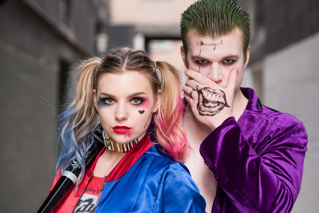 HARLEY QUINN AND JOKER COUPLE COSTUME // Look your best on Halloween with this easy couples costume. Get the look HERE