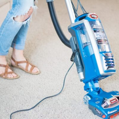 7 Manageable Tasks To Kick Off SPRING CLEANING