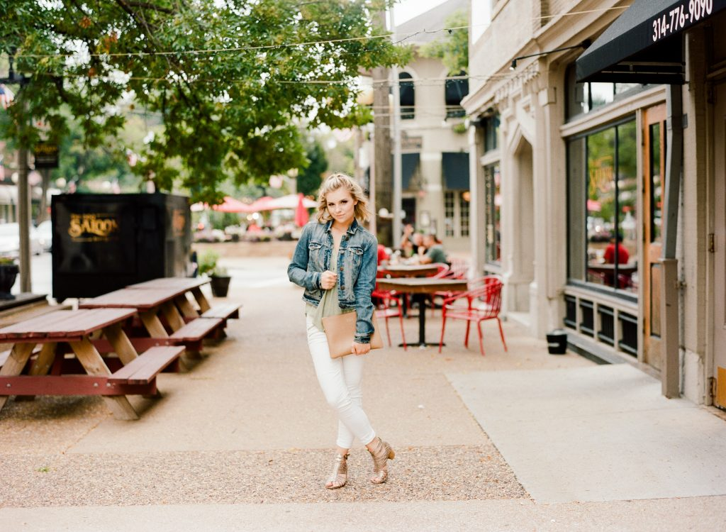 How To Wear White Jeans Into Fall