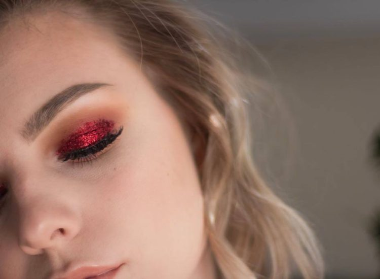 Festive Holiday Makeup Tutorial