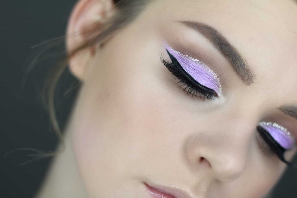 Easter-Themed Lavender Cut Crease Makeup Tutorial