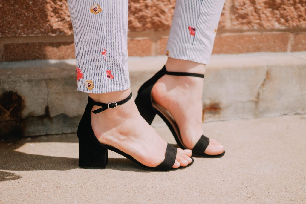 How To Style Peg Pants For Summer