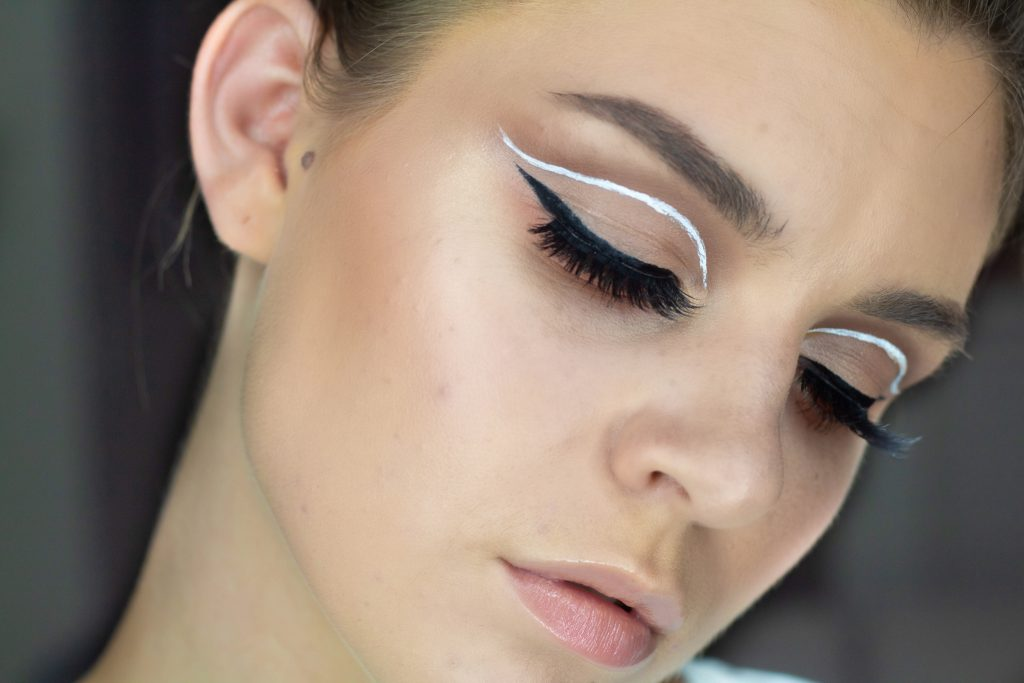 #100DAYSOFMAKEUP KICK-OFF + GRAPHIC LINER TUTORIAL