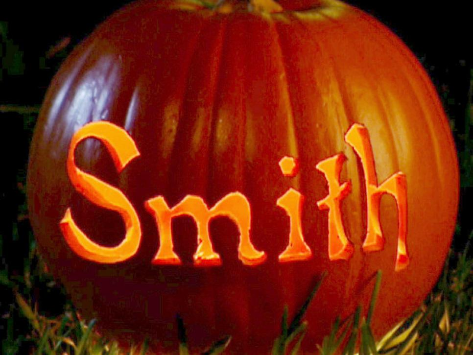10 Easy Pumpkin Carvings Everyone Can Do