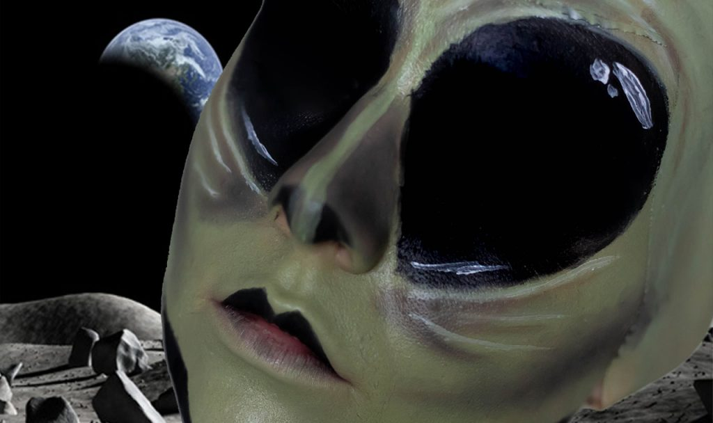 HALLOWEEN TUTORIAL SERIES: ALIEN FROM OUTER SPACE