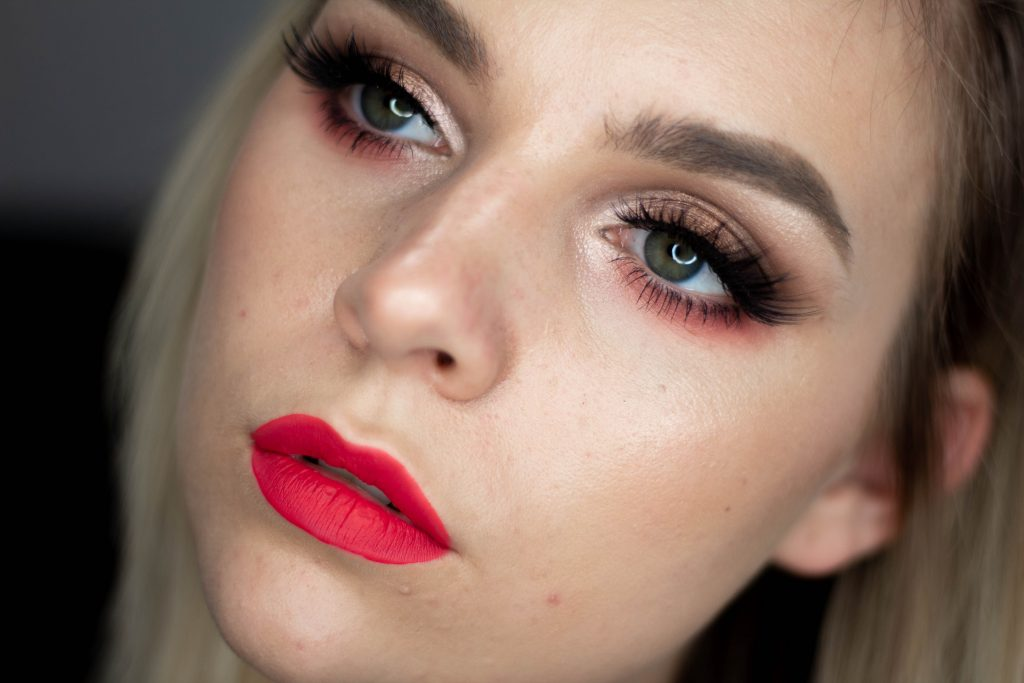 Anastasia Beverly Hills 'Sultry' Holiday Palette: Tutorial, Swatches, Opinion