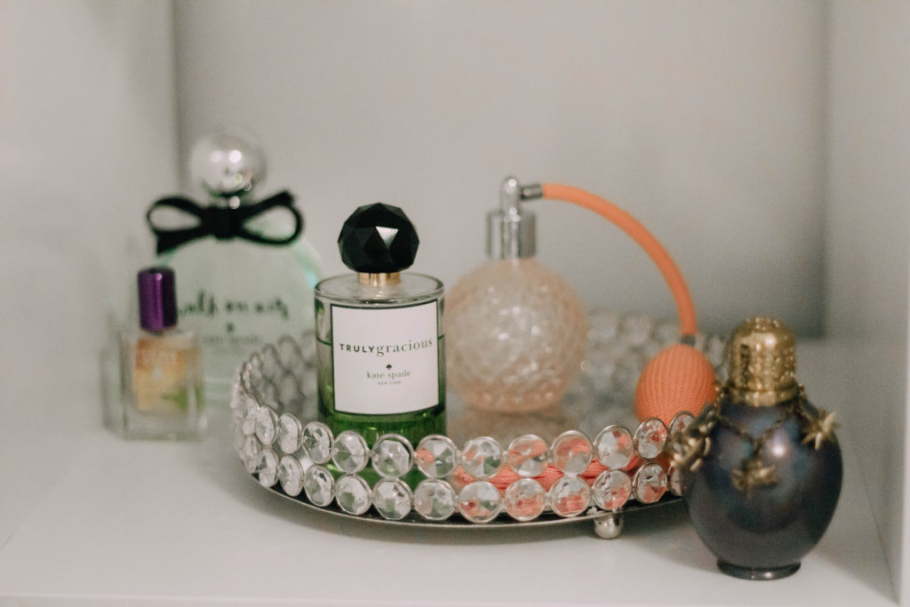 Top 5 Perfumes To Try (if you aren't that into perfume)!