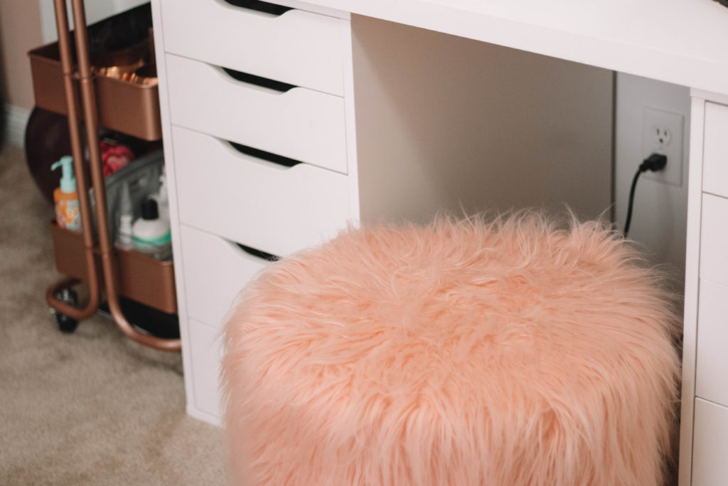 Fluffy pink vanity chair