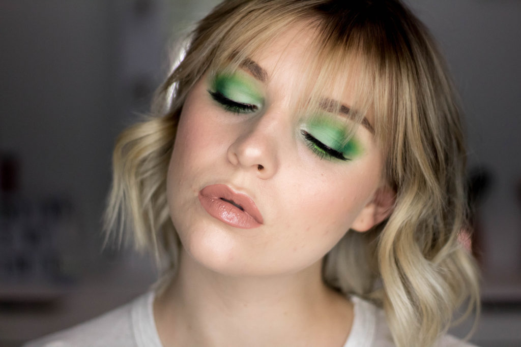 Earth Day Makeup Tutorial - Green Smokey Eye