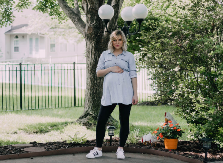 1 Top, 3 Ways: Chambray Maternity Top